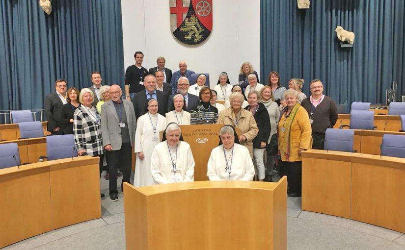 St. Dominikus Stiftung Speyer besucht den Landtag in Mainz