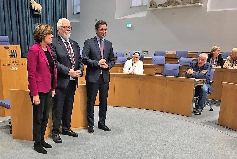 (Von links) Malu Dryer, Ministerpräsidentin Rheinland-Pfalz, Reinhard Ölbermann, MDL, Christian Baldauf, Fraktionsvorsitzender